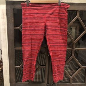 Lululemon Wunder Under Crop Leggings in Red